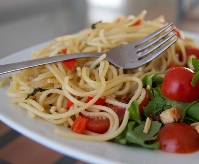 Špagety so špargľou amedv. cesnakom - ilustračné foto
